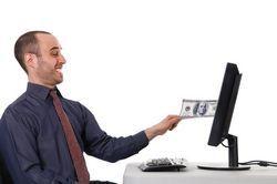 Pikavipin lasku sähköpostiin